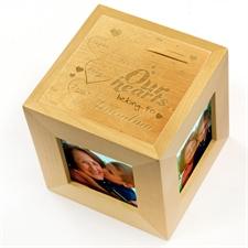Cube photo en bois gravé nos coeurs