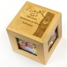 Cube photo en bois gravé romance enchanteresse