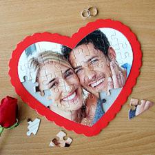 Puzzle photo en forme de coeur personnalisé (cadre rouge)